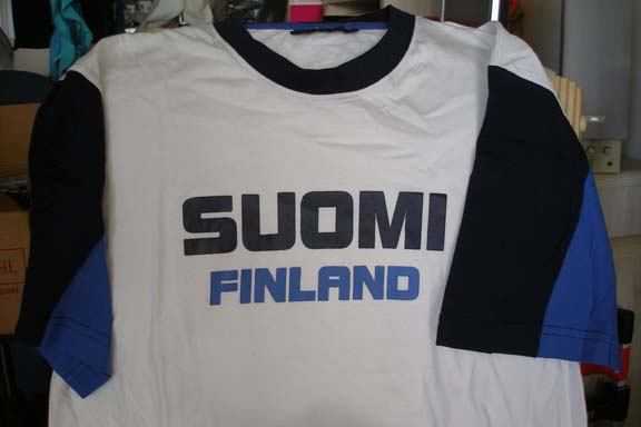 Suomi White T-shirt with 2 tone sleeve