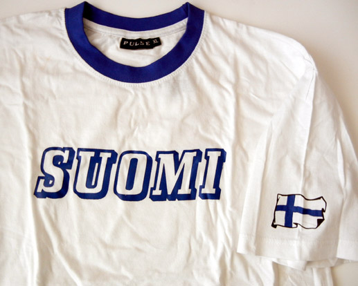White Suomi Finland T-shirt with flag on sleeve